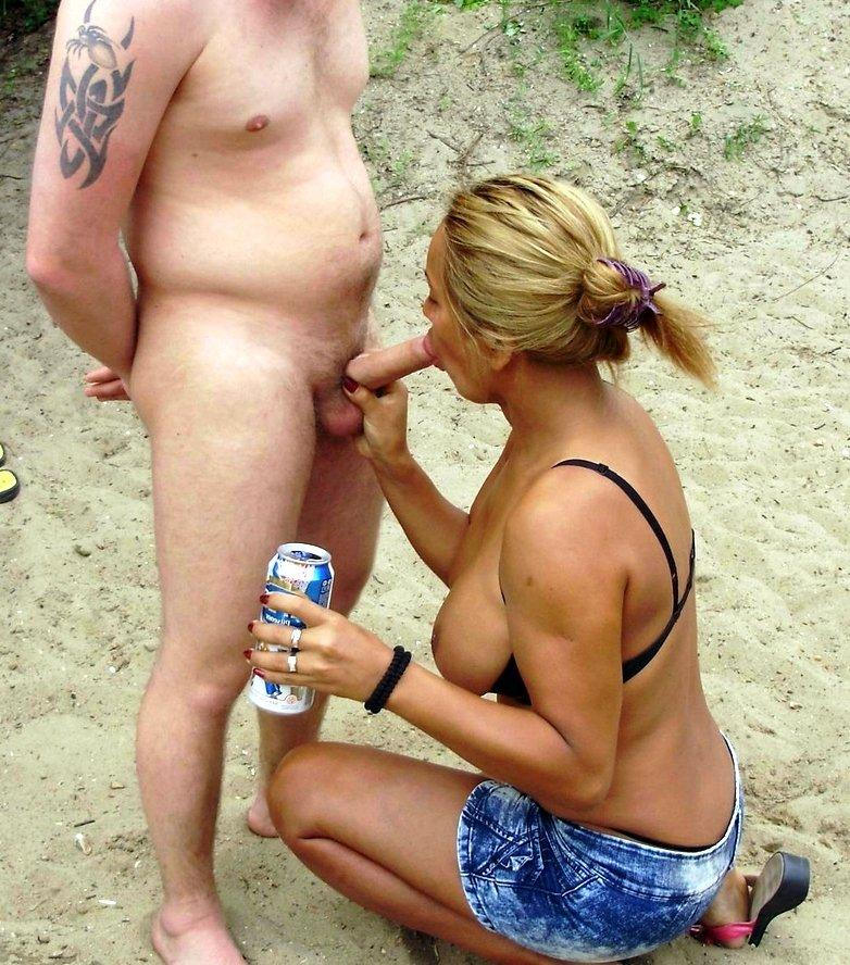 pictures naked blowjob beach