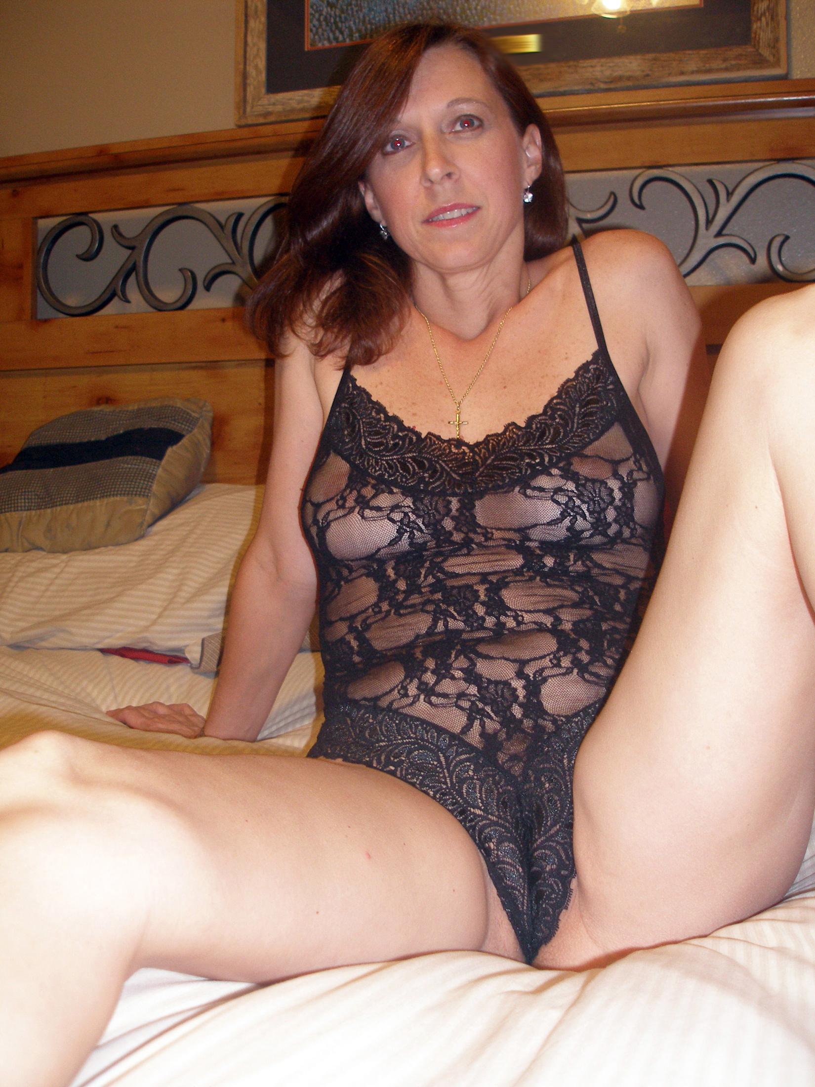 mature mom porn picture