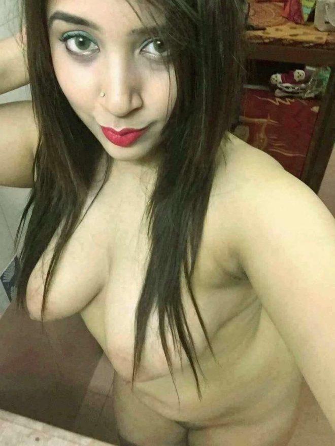 xxx nude naked hot