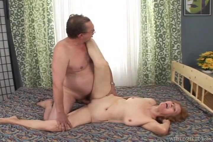 blowjobs two giving girls