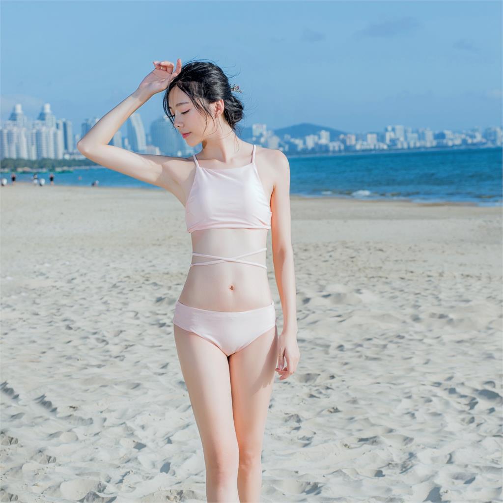 bikini skinny girl