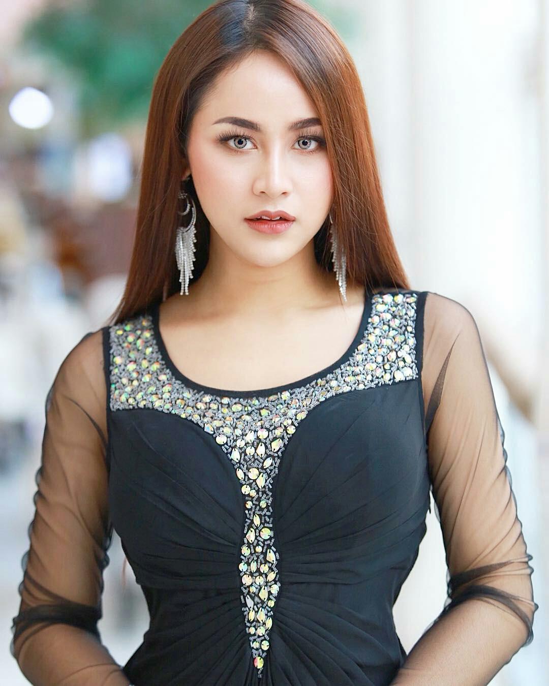 thai ladyboy models