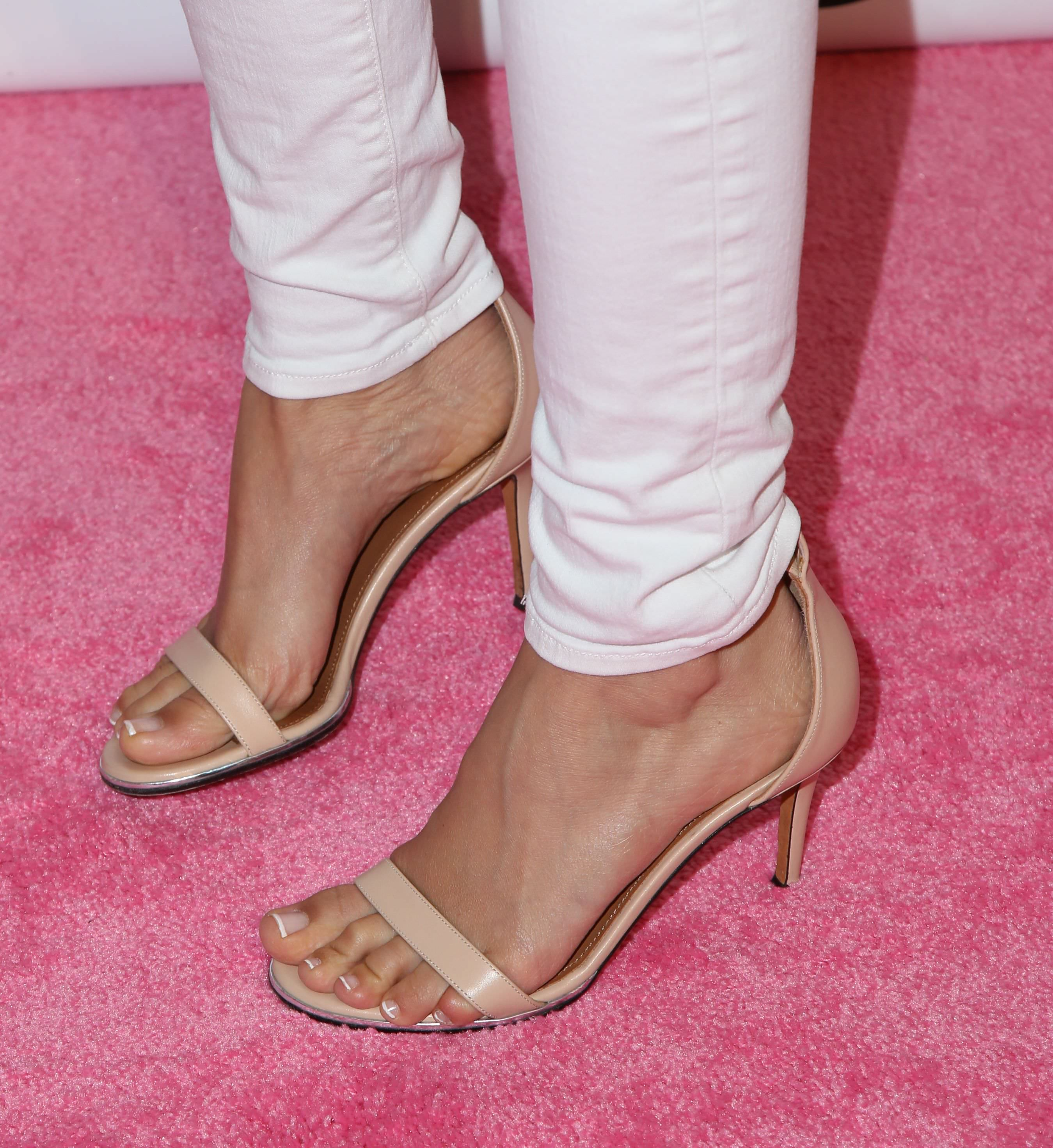 ashley tisdale feet