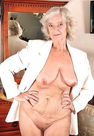 floppy granny tits