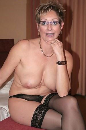 mature moms foto