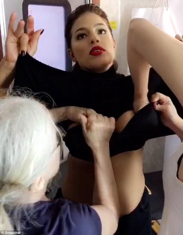top boob slip model