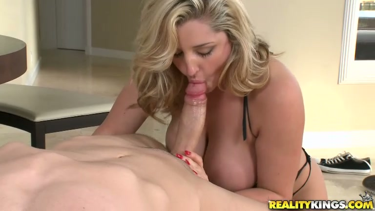horny daddy chick and marina monty