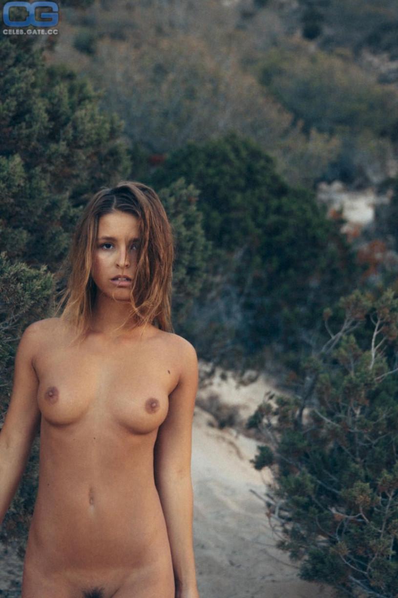 papen naked marisa
