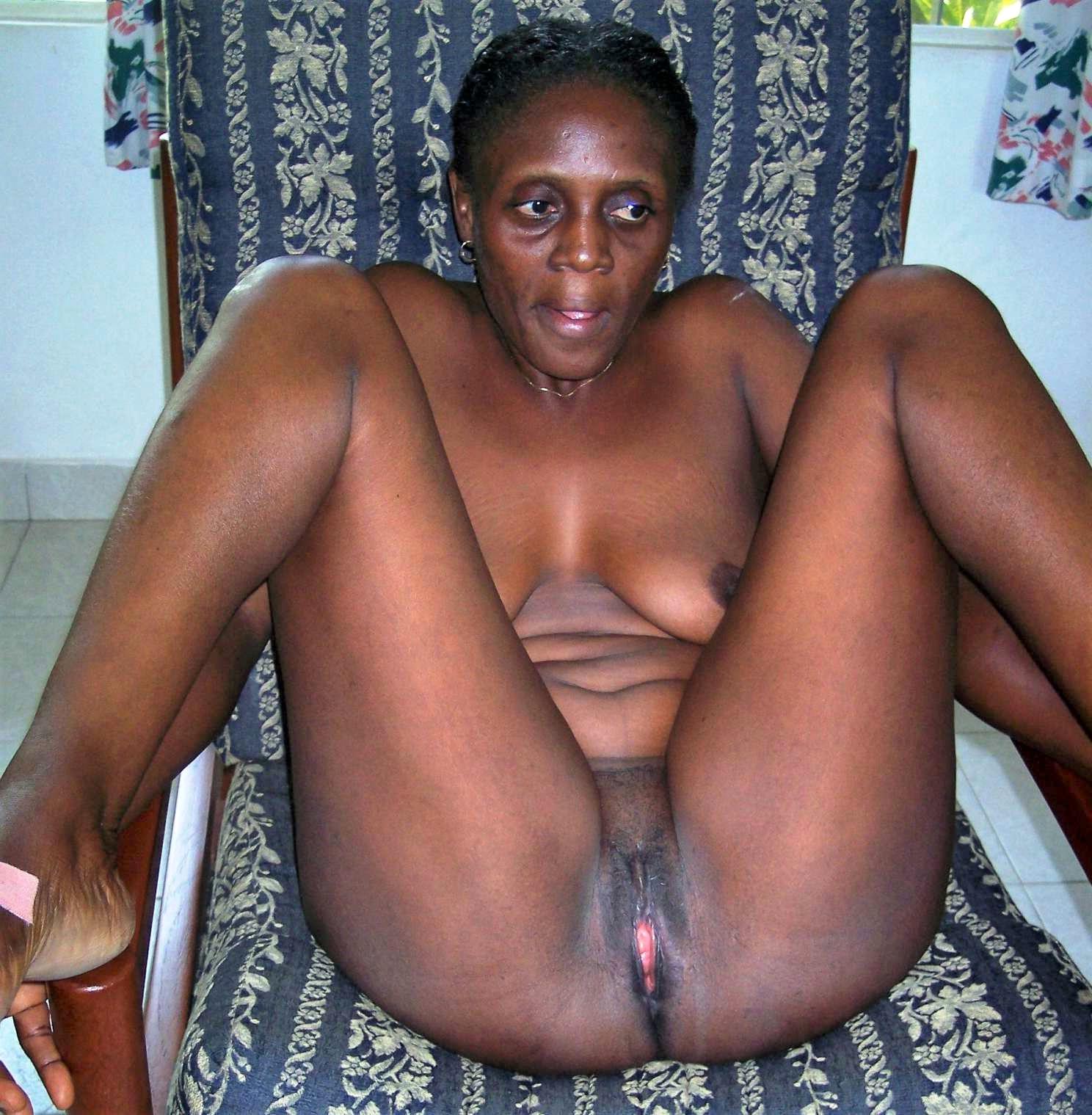 pussies ebony mature
