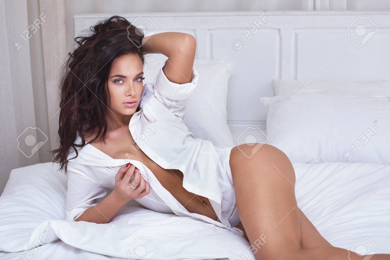 bedroom hot sexy woman