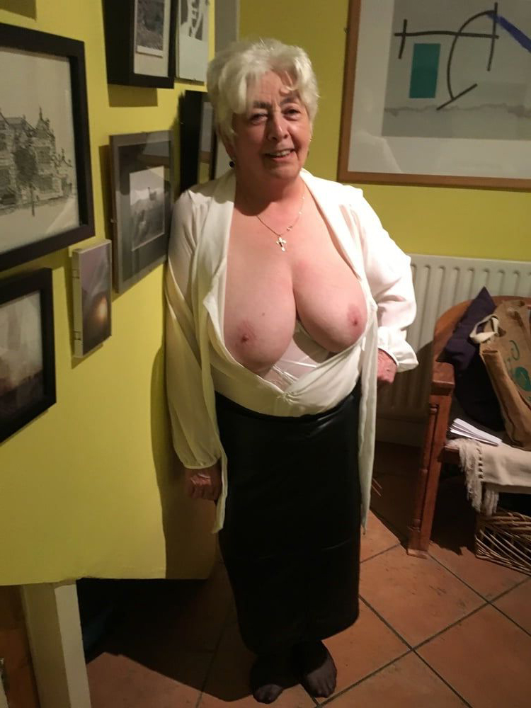 tits big gallery grann