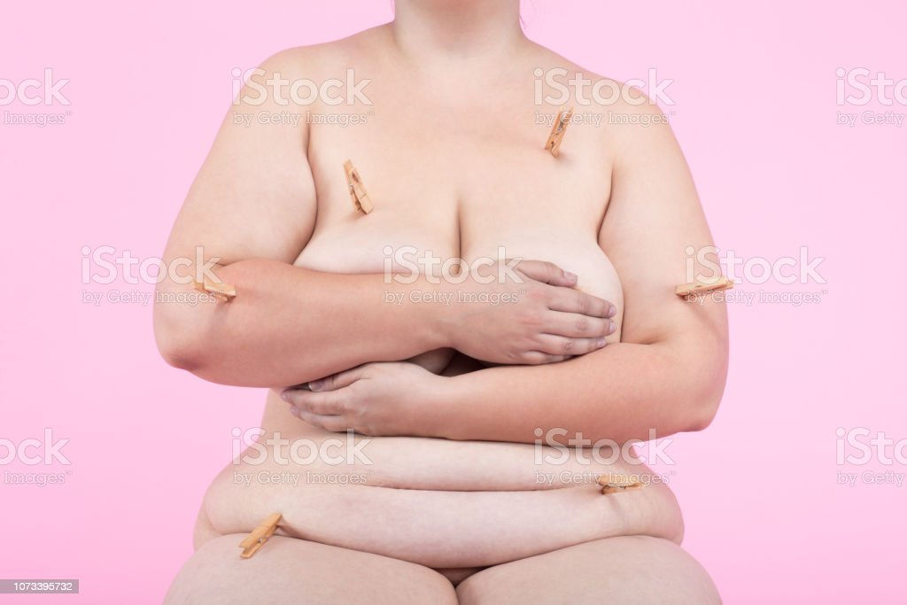 plus nude size free models